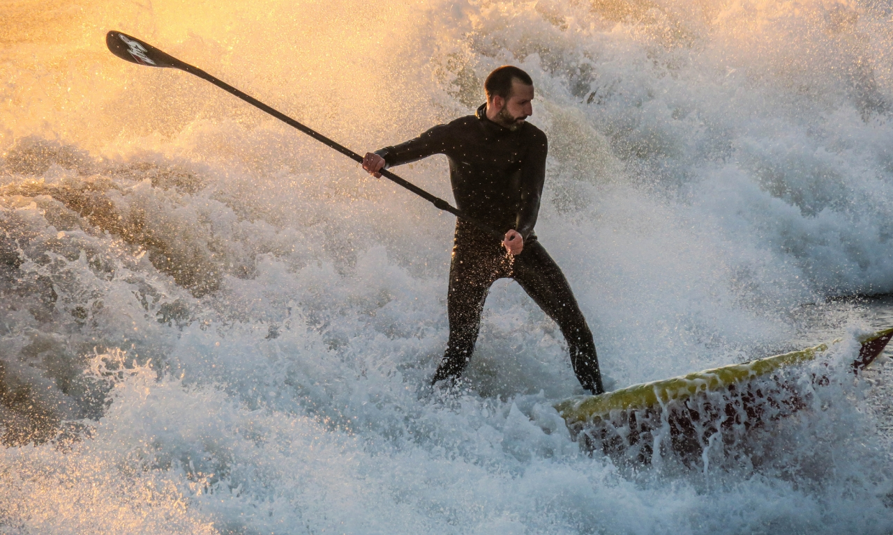 En las olas - 1280x768