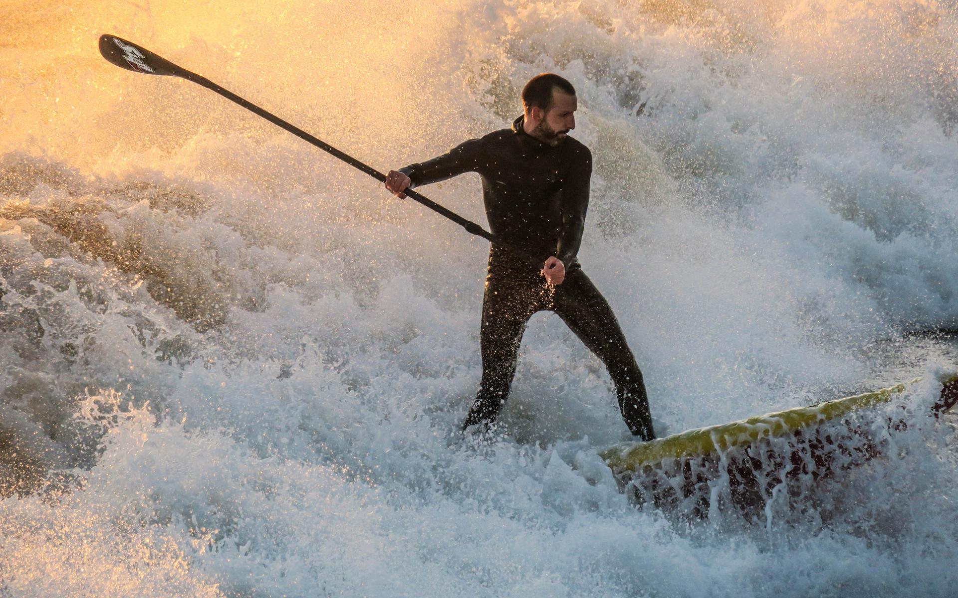 En las olas - 1920x1200