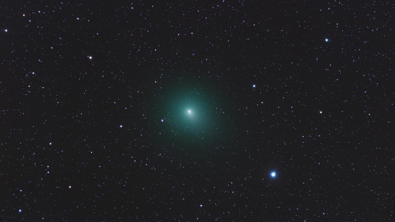 Astros en el espacio - 1280x720