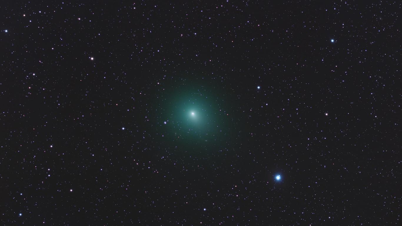 Astros en el espacio - 1366x768