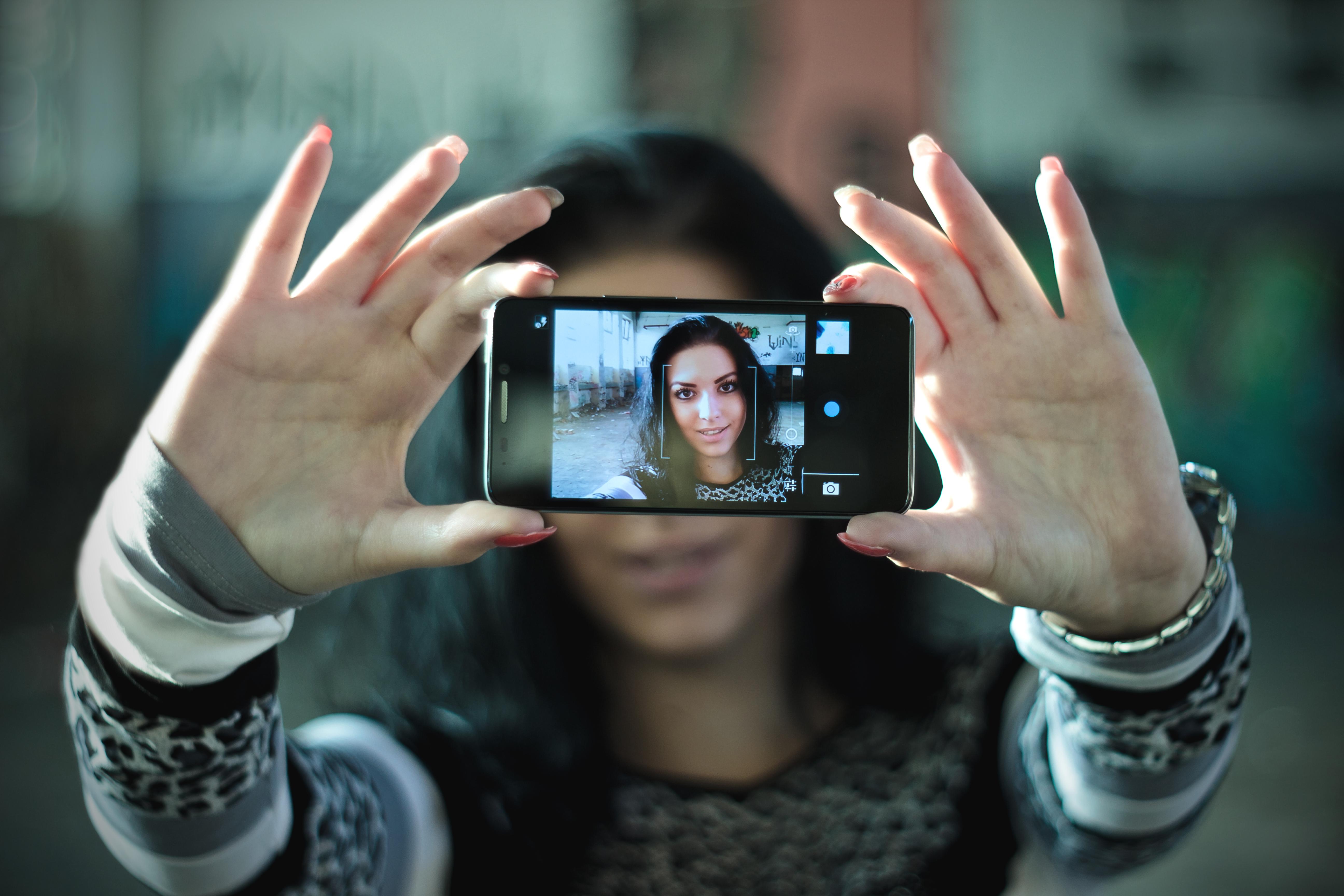 Selfie de chica - 5184x3456
