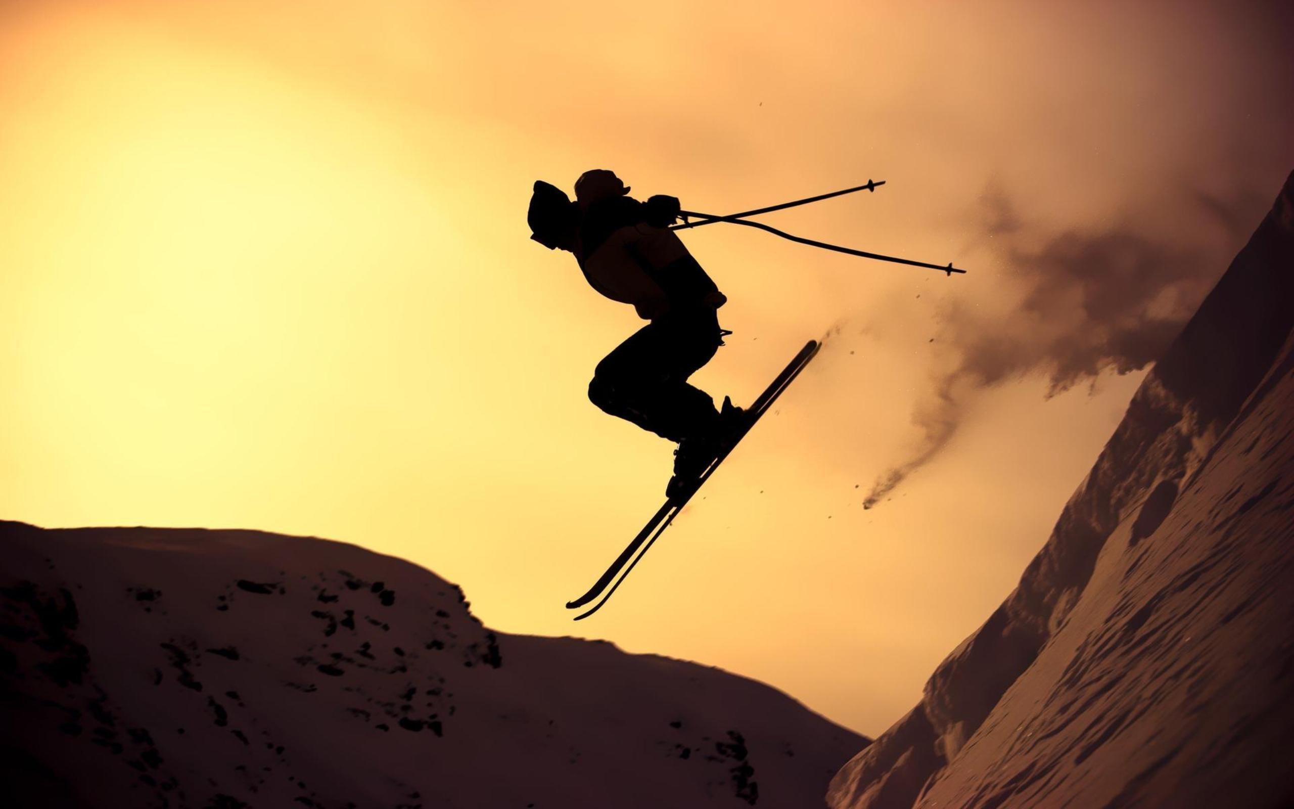 Skii al atardecer - 2560x1600
