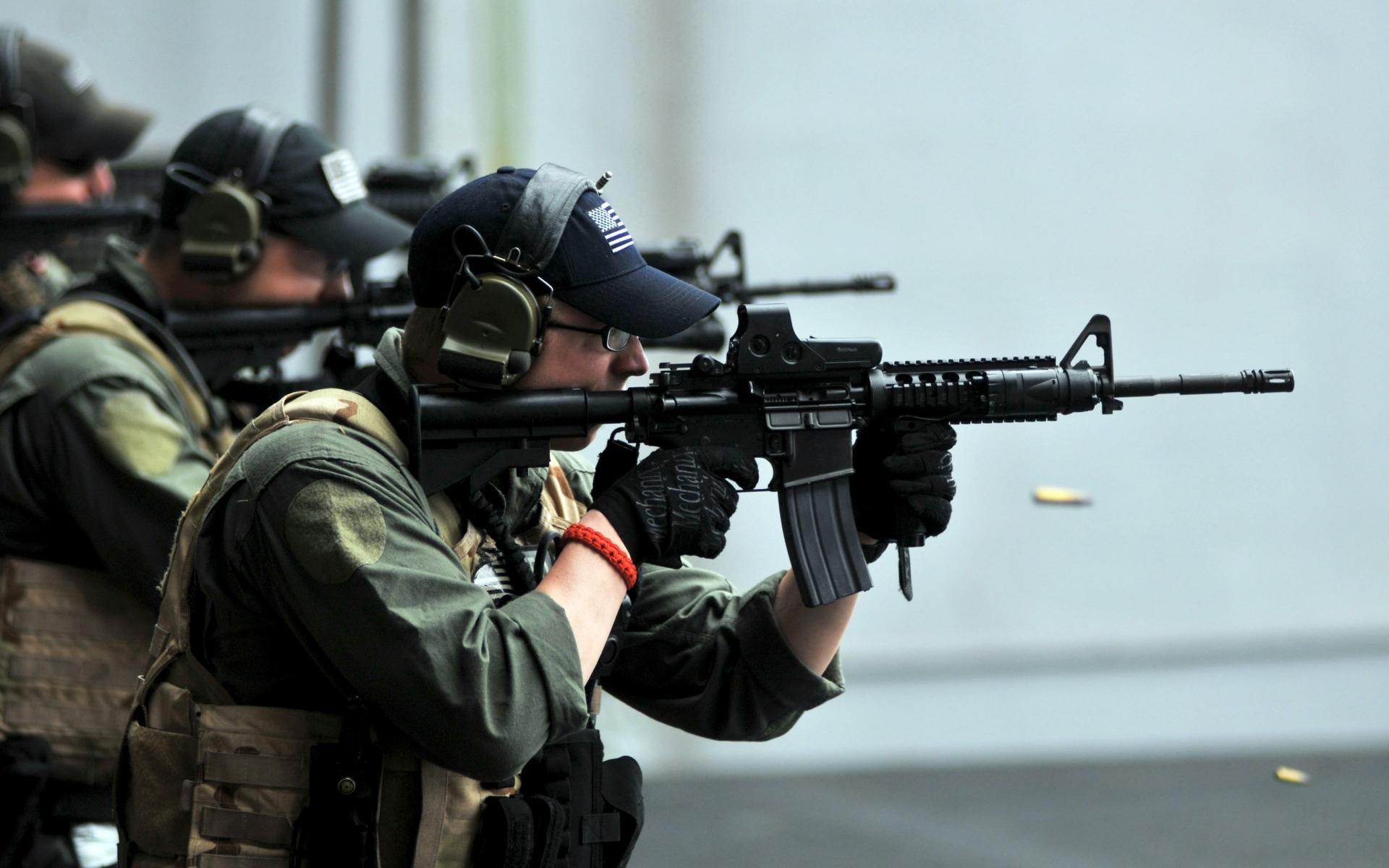 Soldados del Swat - 1920x1200