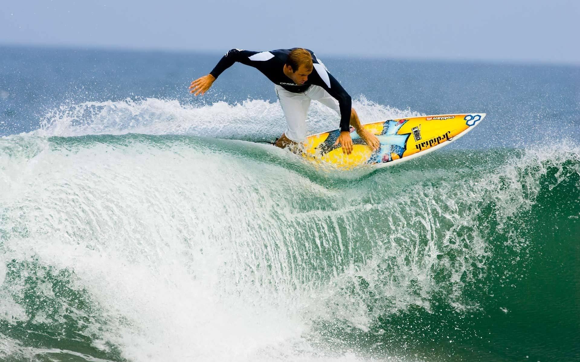Surfeando olas - 1920x1200