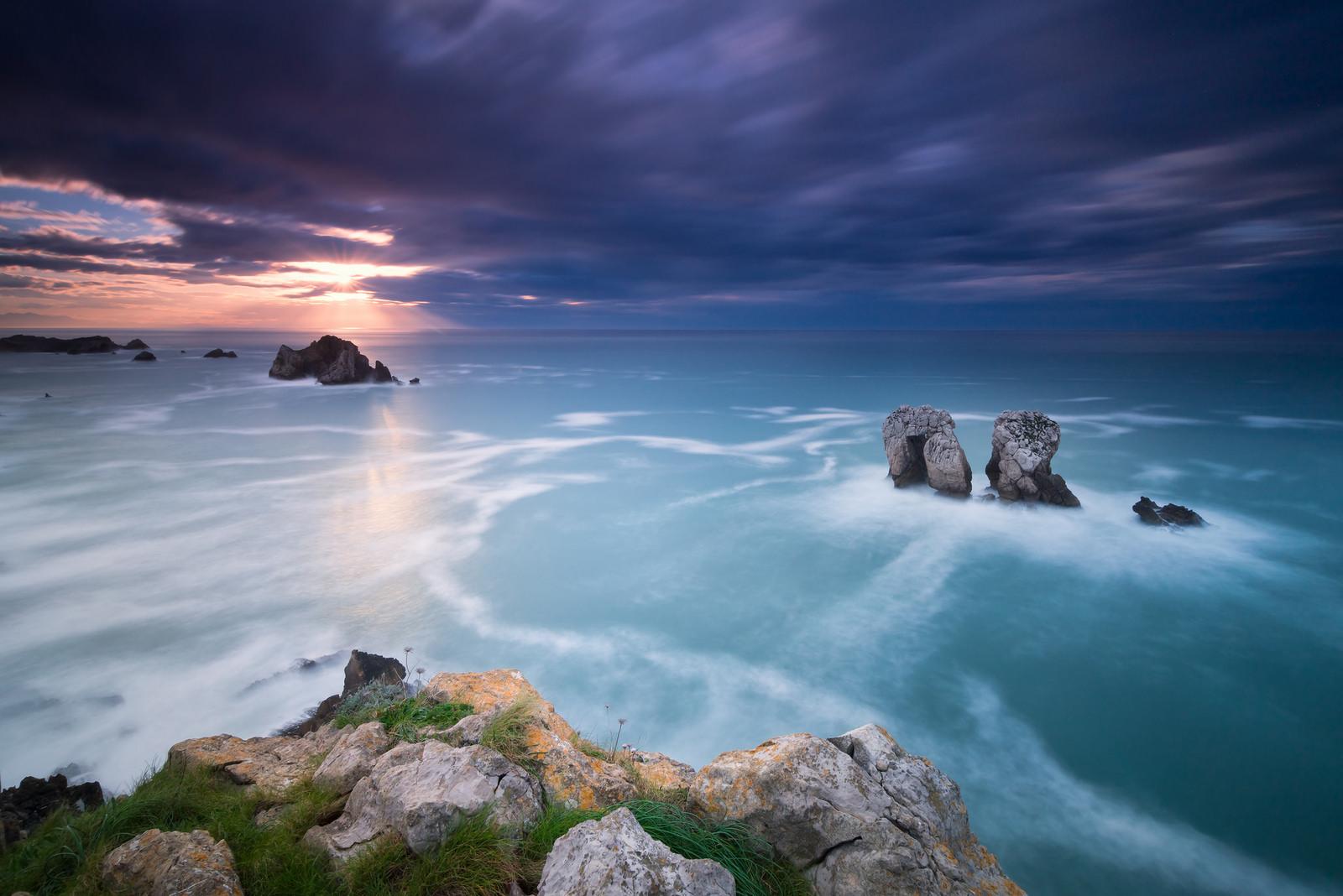 Un paisaje en la playa - 1600x1068