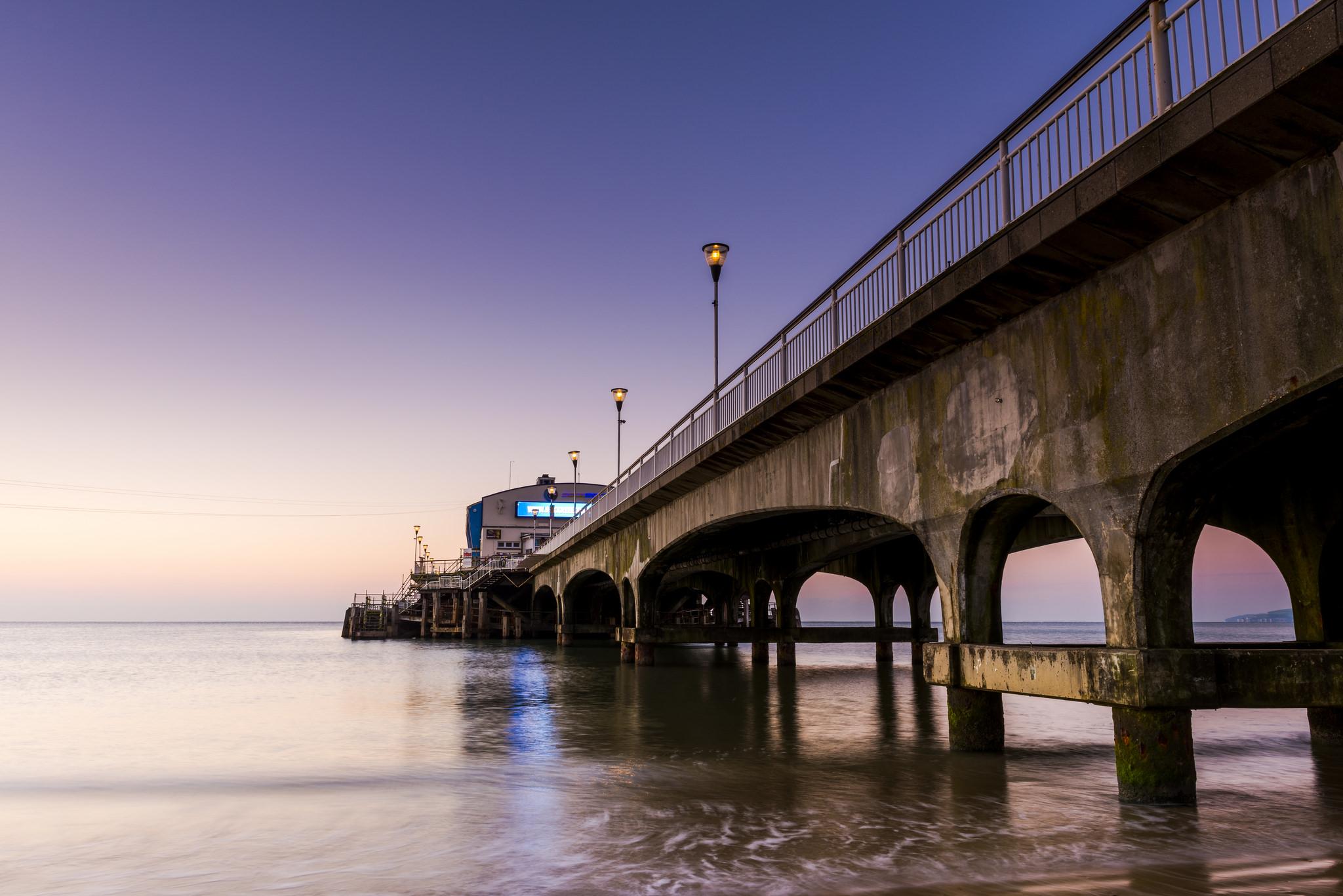 Un puente en el mar - 2048x1367
