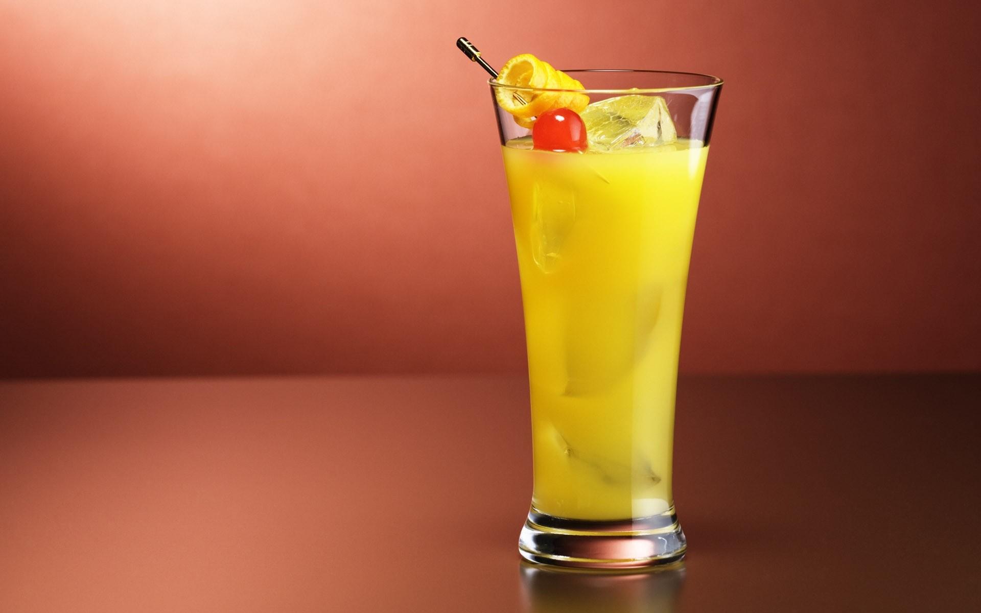 Vodka con jugo de naranja - 1920x1200