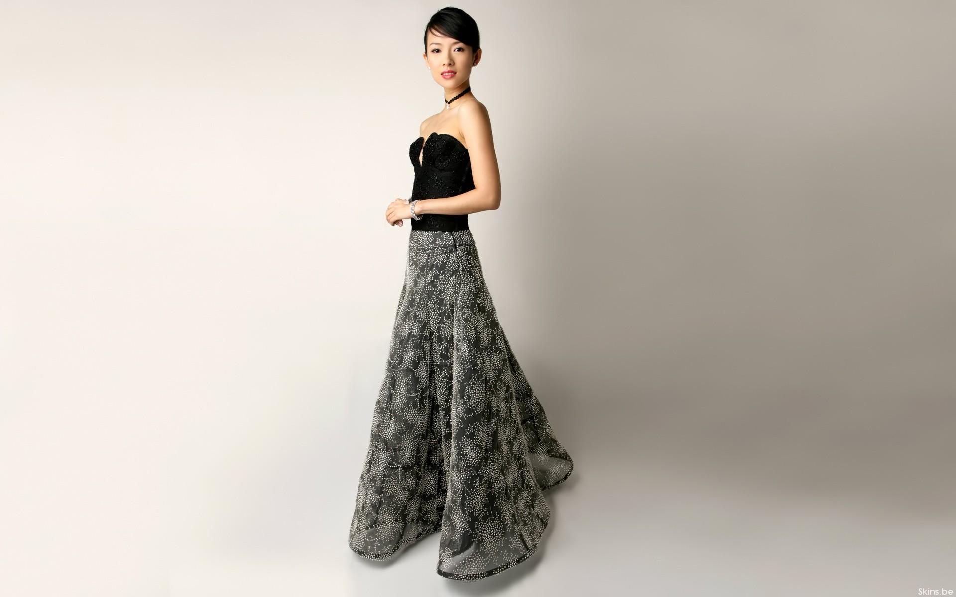 Ziyi Zhang con vestido - 1920x1200